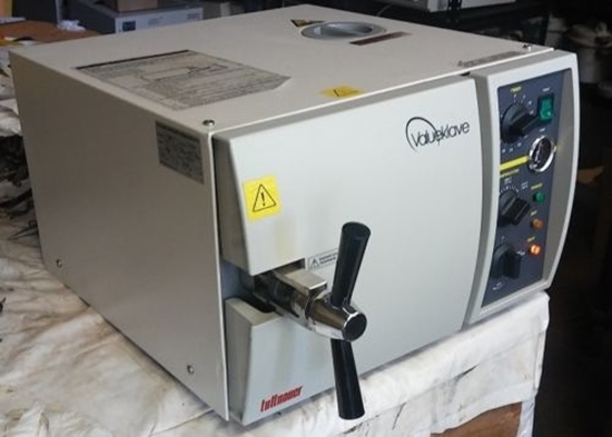 Picture of Reconditioned Tuttnauer Valueklave 1730 Manual Sterilizer